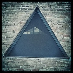 symmetry, window, triangle, pyramid,