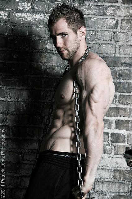 Chained Muscle http://www.flickr.com/photos/violentz/5614605704/