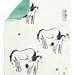 Kestävä ja pestävä tiskirätti on kotimaista bambujoustofroteeta. Toinen puoli käsinpainettua 'Varsan haaveilupäivä' -kuosia, toinen puoli ruohonvihreä.  Koko n. 19 cm x 25 cm.</p> <p>Huomaathan että väriroiskeet ovat yksilölliset jokaisessa tuotteessa!</p> <p>Kaksinkertaista kangasta oleva rätti on erittäin imukykyinen. Rätin voi pestä 60 asteessa, ja se kestää pesuja lähes loputtomasti. Bambu on materiaalina luonnostaan antibakteerinen, mistä johtuen rätti ei märkänäkään toimi bakteerien kasvualustana, eikä ala helposti tuoksumaan tunkkaiselle.</p> <p>Vinkki: Kuivanakin erinomainen pölyjenpyyhintäliina!</p> <p>Kiertin bambuisilla tiskiräteillä on ollut tyytyväisiä käyttäjiä jo vuodesta 2008! Kokonaan valmistettu Suomessa.