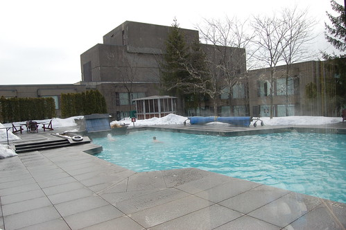 Hotel rooftop pool - Montreal, Canada and the ConFoo conference