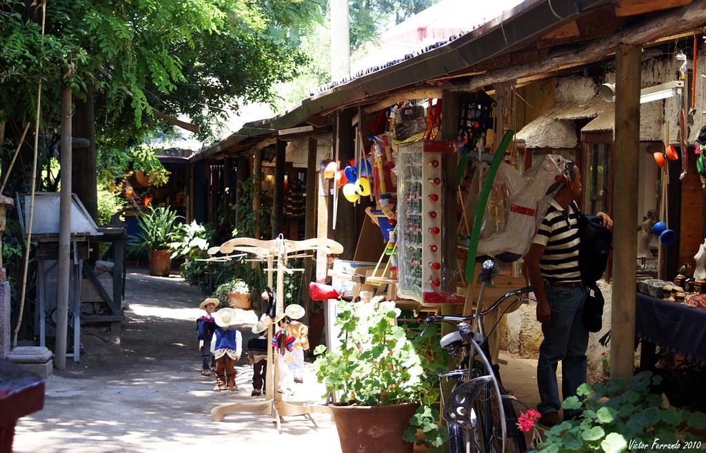 Mercado de los Dominicos - Santiago de Chile