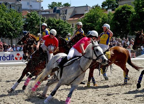 HORSE BALL les cavalières à l'oeuvre