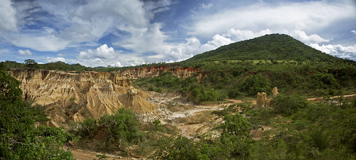 africa travel panorama mountain green tourism archaeology nature landscape tanzania rocks view african pano panoramic safari stoneage excavation iringa isimila isimilastoneagesite