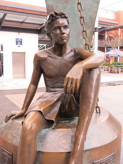 Vivien Mallock - Jubilee Sculpture 2002, Portsmouth