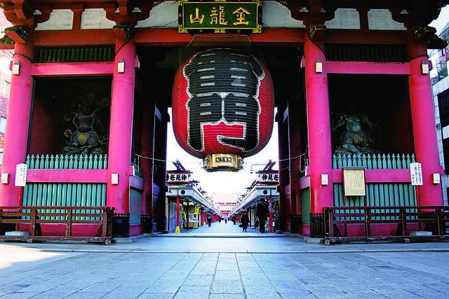 Senso-ji_Temple-Kaminari-mon