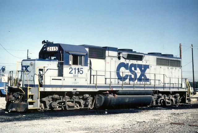 B&O0005 B&O GP38 No. 2115 in CSX grey and blue, in Atlanta, November 1989
