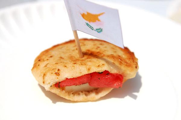 Кипр: жареный сыр Халлуми