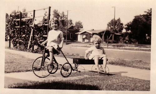 Larry & Millie Wisner in Lindsey Ca 1926