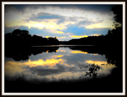 sunset river clarksville