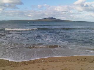 Изображение на Takapuna Beach Плаж с дължина от 143 м. newzealand beach beagles