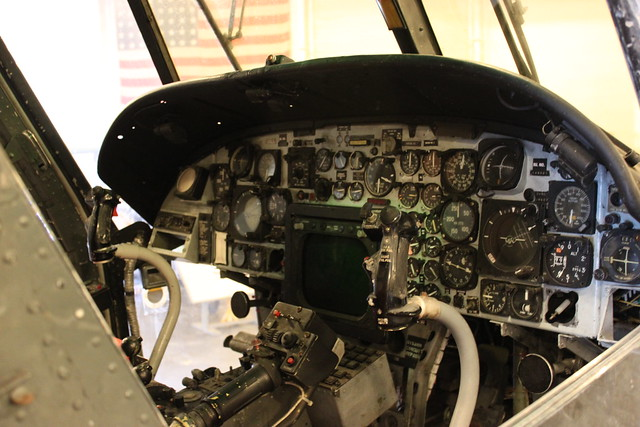 Flight instruments: Kaman SH-2 Seasprite