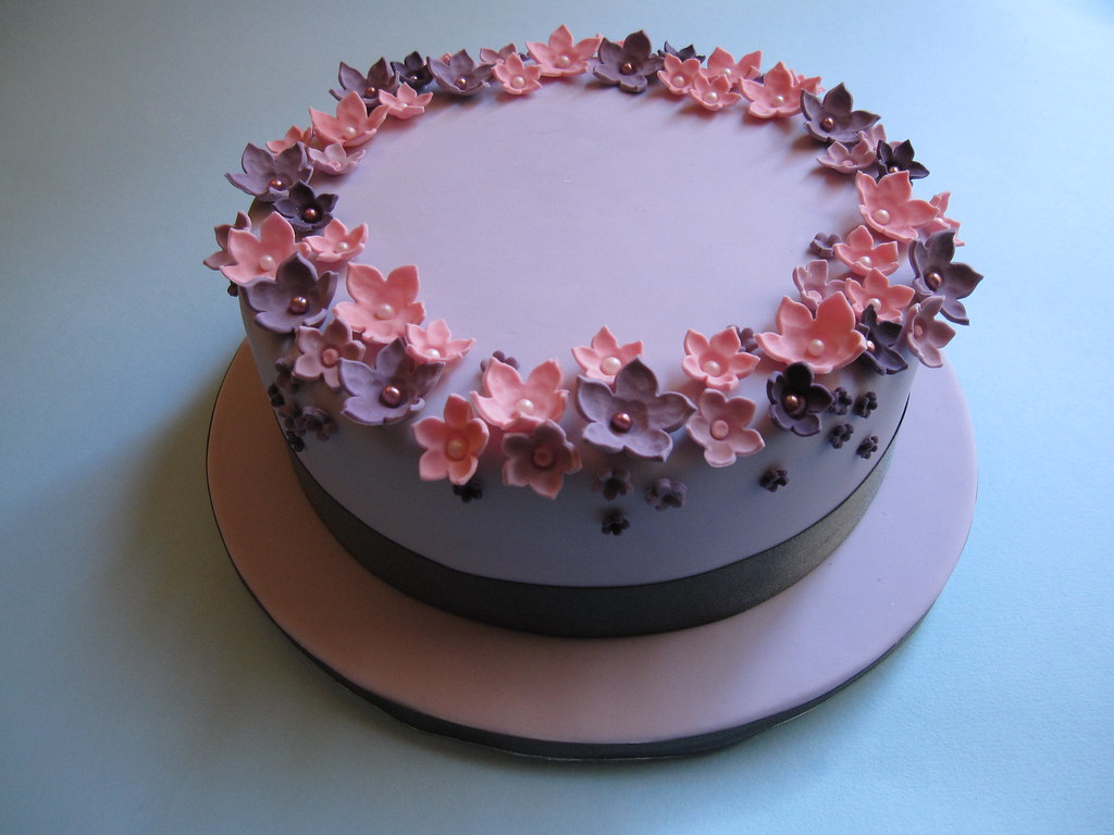 Single Tier Wedding Cake Pink And Lilac Sugar Flowers Flickr