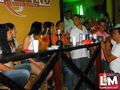 Domingo en soberano Liquor Store villa Trina