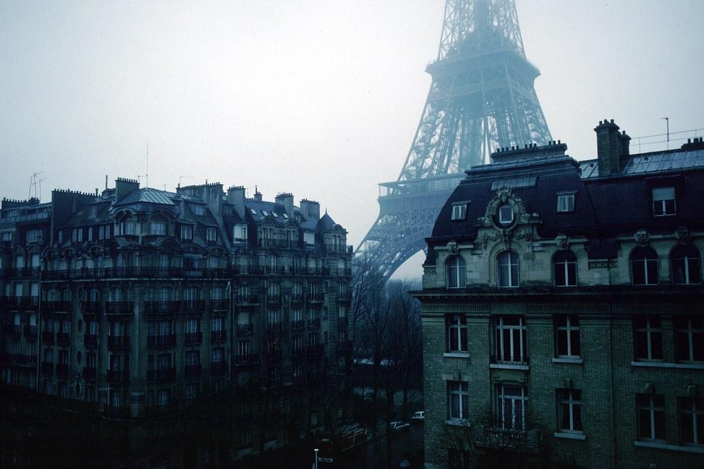 En Hiver - Eiffel Tower