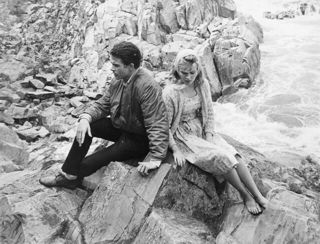 Photograph Movie Pinterest: LILITH (1964) - Warren BEATTY & Jean SEBERG