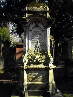 Tomb of Freifrau Mathilde von Rothschild, nee Rothschild (1832-1924) - Patron, Donator