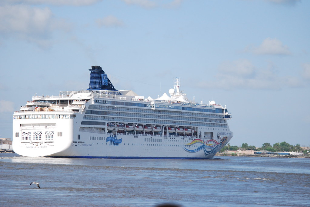 CRUISES LEAVING FROM NEW ORLEANS  CRUISES LEAVING FROM  3 DAY CRUISES FROM