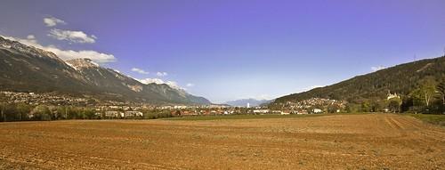 mountains alps austria tirol österreich cityscape farming mountainview alpen alpi landsacape tyrol innsbruck nordkette acker karwendel mountainscape völs prisonview