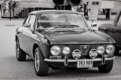 executive car(0.0), alfa romeo giulietta(0.0), race car(1.0), automobile(1.0), alfa romeo(1.0), alfa romeo 105 series coupes(1.0), alfa romeo 1750 berlina(1.0), alfa romeo 2000(1.0), vehicle(1.0), automotive design(1.0), antique car(1.0), sedan(1.0), classic car(1.0), land vehicle(1.0), sports car(1.0),