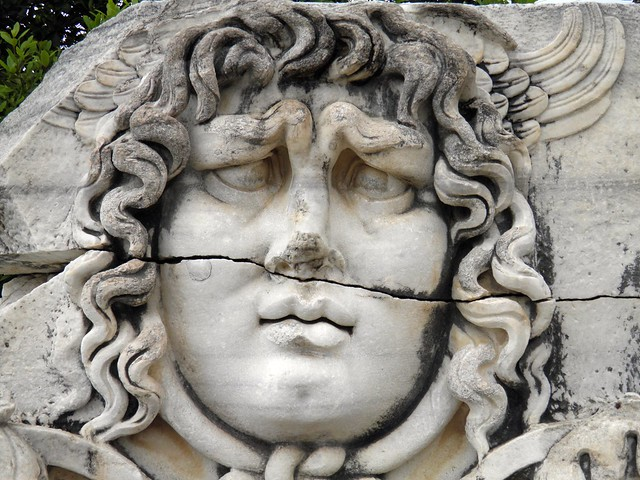 Medusa frieze (2nd century CE), architrave detail, Apollo Temple, Didyma