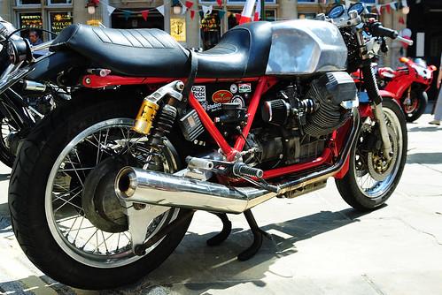 Moto Guzzi Cafe Racer by fotodnevnik