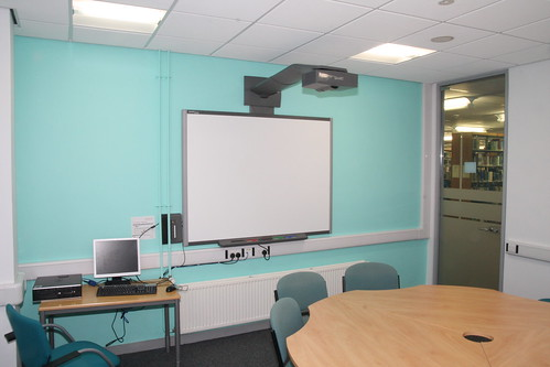 Frenchay library group study room