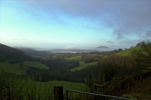 mist landscape valley sugarloaf