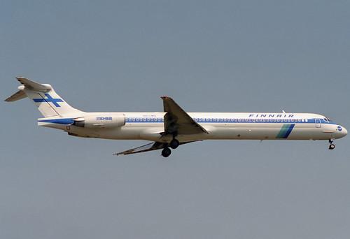 Finnair MD-82 OH-LMX BCN 09/08/1993