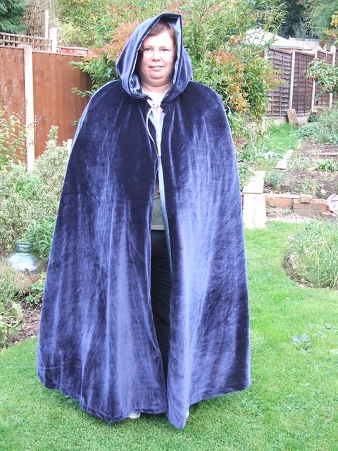 Navy cloak 01