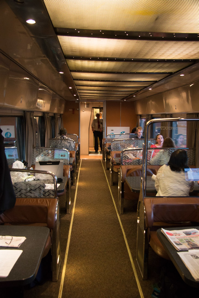 Dining car on Amtrak Cascades Line