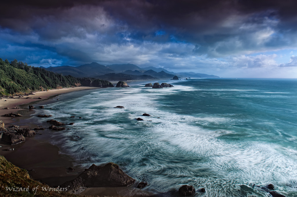 This is Oregon State No.16 - Cannon Beach Waves