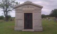 chapel(0.0), cemetery(1.0), stele(1.0), headstone(1.0), memorial(1.0), grave(1.0), mausoleum(1.0),