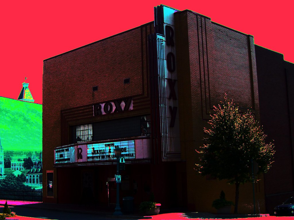 Movie Showtimes and Movie Tickets for Regal Clarksville Stadium 16 & RPX located at Tiny Town Road, Clarksville, TN