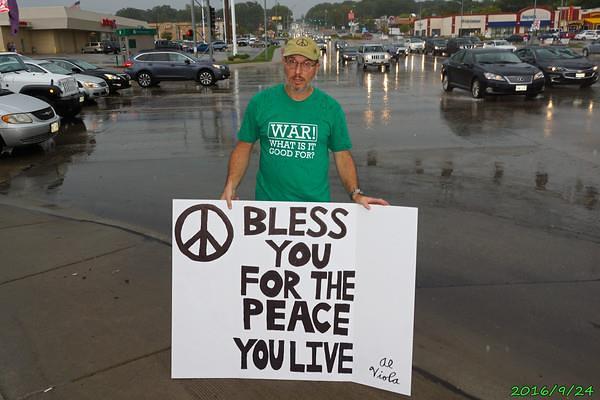 Omaha, NE Peace Vigil - CNV 2016 (6)