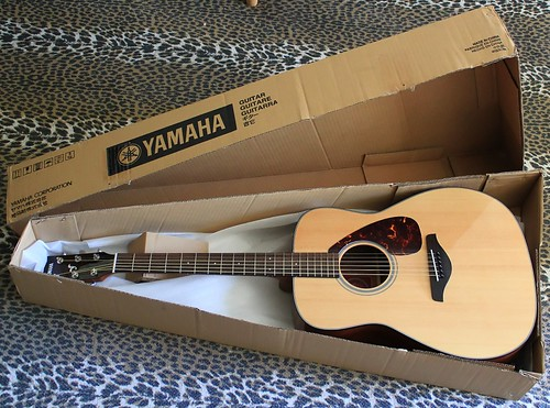 got another guitar but strings are buzzing guitar noise forums. Black Bedroom Furniture Sets. Home Design Ideas