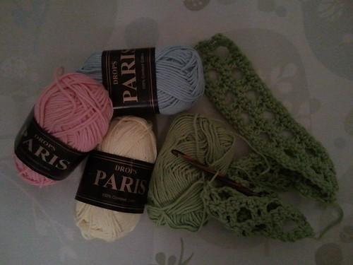 baby blanket crochet in progress