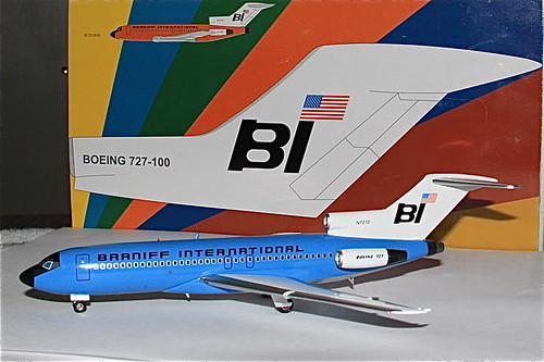 1:200 Braniff International Boeing 727-100