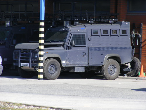 (1018) GMP - Greater Manchester Police - Land Rover - Armoured Assault Vehicle - BV10 SDZ