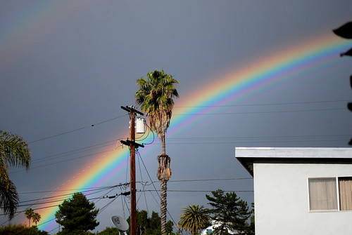 Happy Thing: DOUBLE RAINBOW ALL THE WAY (probably)