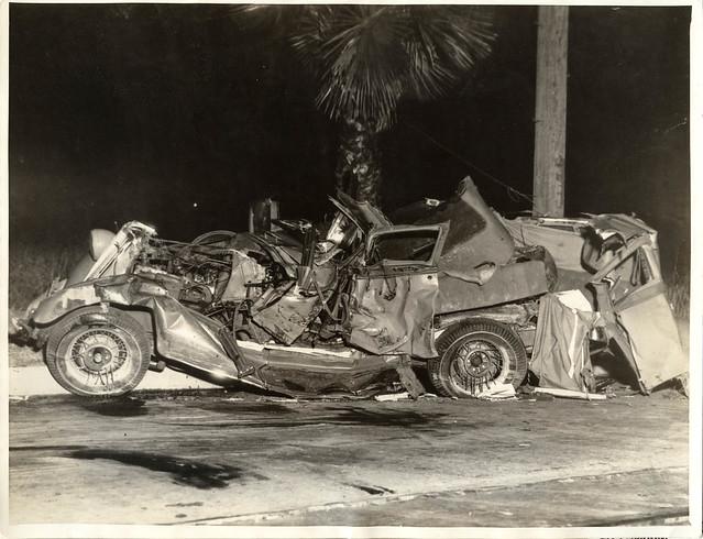 1934 vi 08 anon for intl photos los angeles car crash