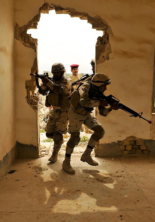 اكبر و اوثق موسوعة للجيش العراقي على الانترنت 5617445756_44c02bf497_b