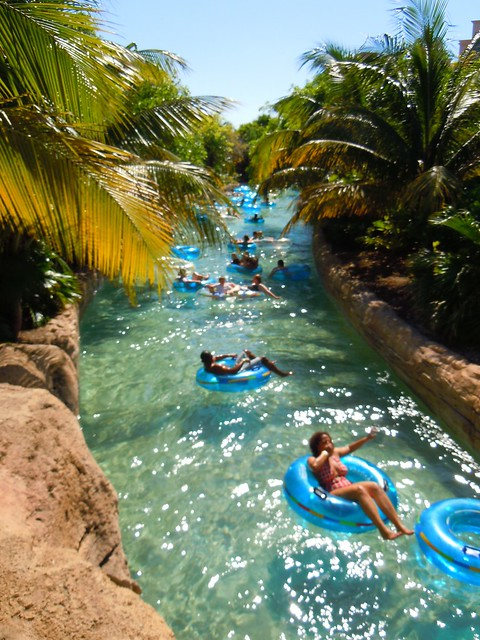 Aquaventure Lazy River Rapids Current Atlantis