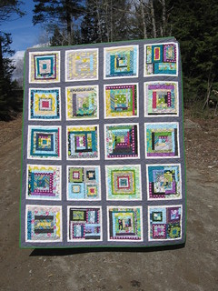 Bee Modern quilt finished