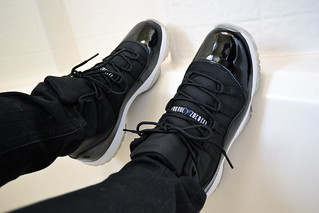 Air Jordan XI - Space Jams