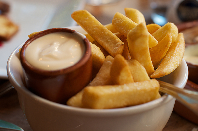 Fries w/ mayonnaise (Amsterdam)