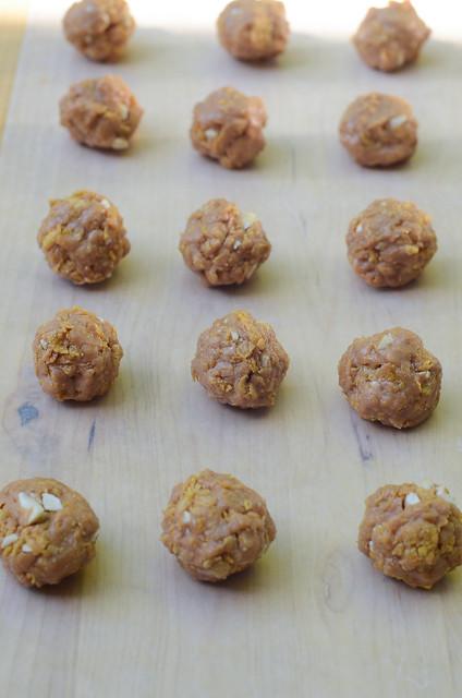 Crispy Peanut Butter Clusters-041.jpg