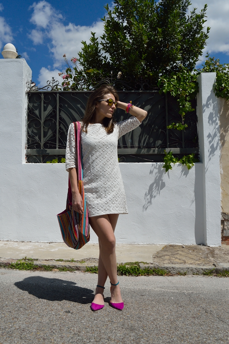 lara-vazquez-madlula-blog-spring-colors-lace-dress-hippy-chic