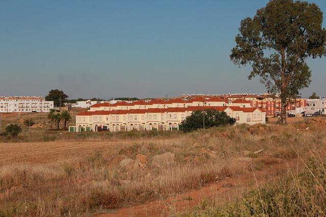 Vista de la Corrala desde la barriada de El Patriarca