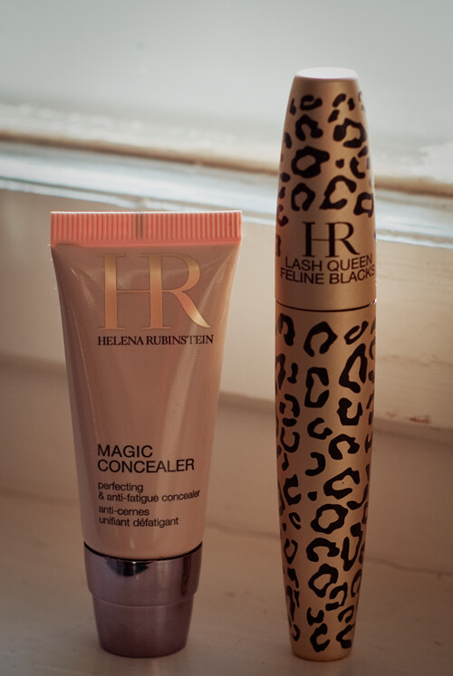 Helena Rubinstein Magic Concealer + Lash Queen Feline Blacks Mascara