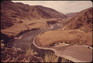 "Winding course of the Snake River viewed from trail near ""Suicide Point"" in Hells Canyon, wildest and deepest gorge in North America, 05/1973"